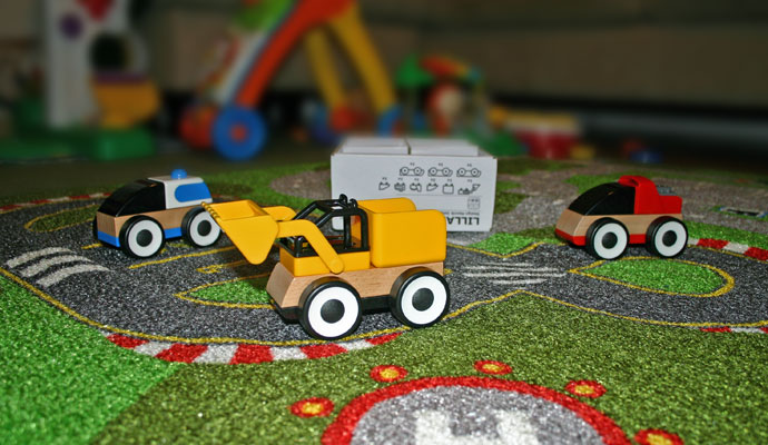 LILLABO Toy Vehicles and Play Mat
