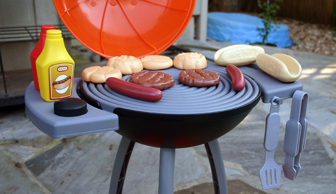 That Poore Baby Reviews the Little Tikes Sizzle n Serve Grill