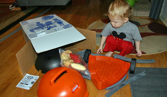 That Poore Baby Unpacking the Little Tikes Sizzle n Serve Grill